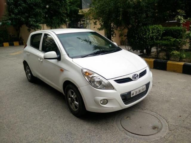 Hyundai i20 Asta 1.4 With AVN CRDi 6 Speed 2010