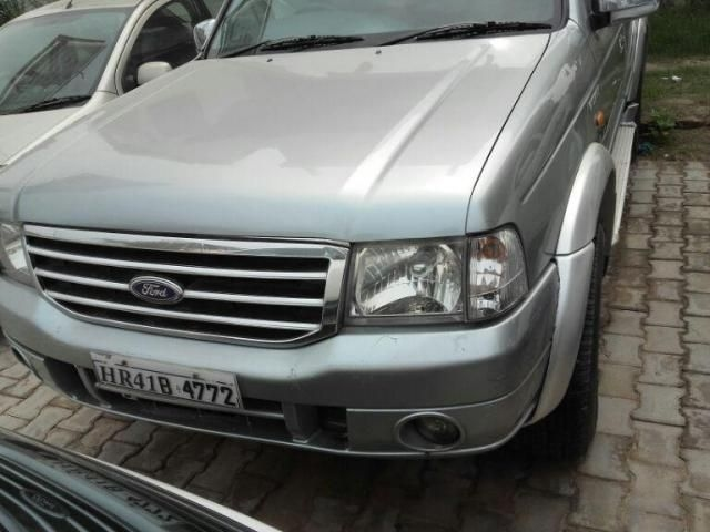 Ford Endeavour XLT 4X2 2005