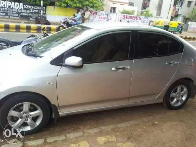 Honda City 1.5 CORPORATE MT 2010