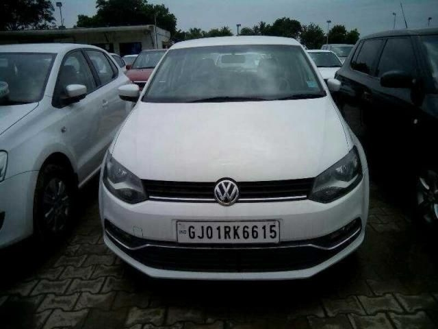 Volkswagen Polo Highline 1.2L (D) 2014