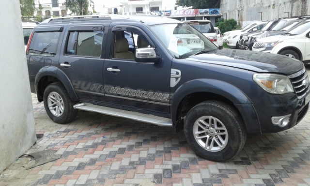 Ford Endeavour 3.0L Hurricane LIMITED EDITION 2011