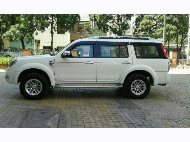 Ford Endeavour 4x4 AT 2013