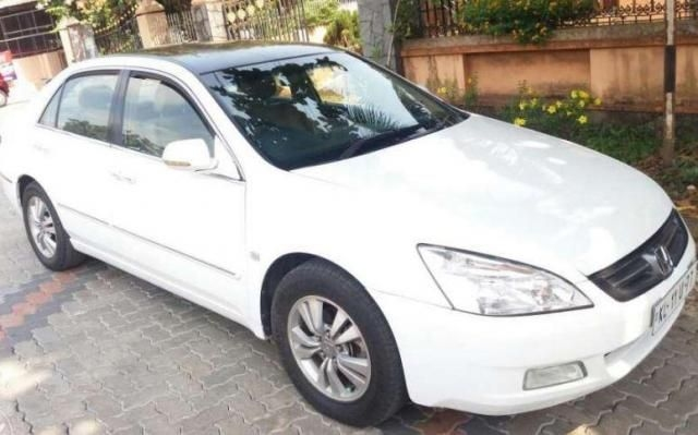Honda Accord 2.4 VTI L MT 2004