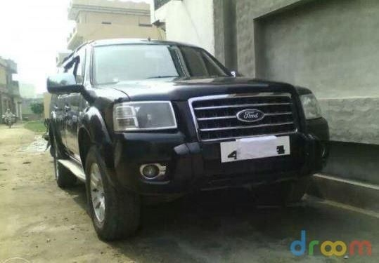 Ford Endeavour 2.5L 4x2 2008