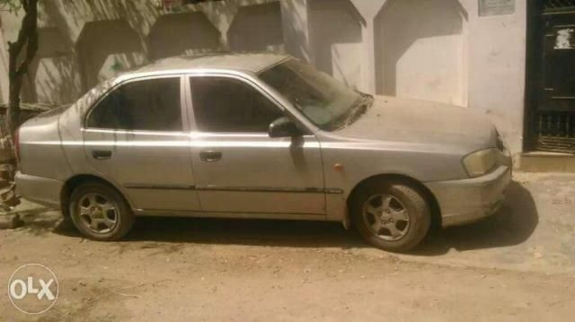 Hyundai Accent Executive 2000