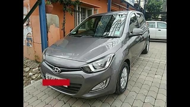 Hyundai i20 Era 1.4 CRDi 6 Speed BS-IV 2012