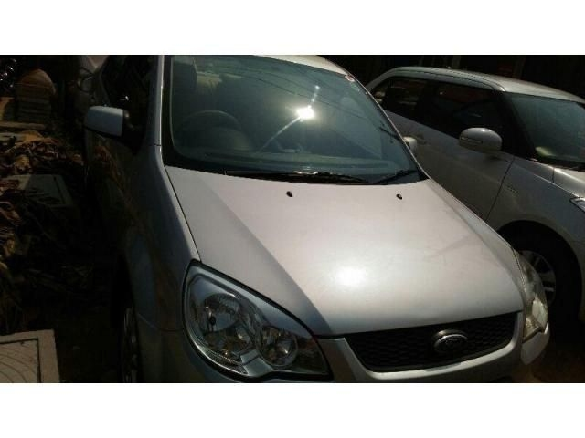Ford Fiesta ZXI 1.6 ABS 2010