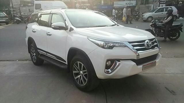 Toyota Fortuner 2.8 4x4 AT 2017