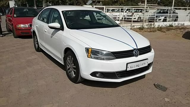 Volkswagen Jetta 2.0L TDI Highline AT 2011