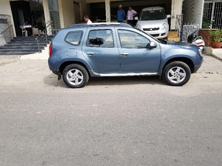used 2014 renault duster car for sale in bangalore id 1415991020 droom. Black Bedroom Furniture Sets. Home Design Ideas