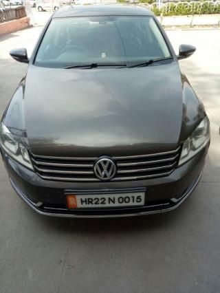 Volkswagen Passat Highline 2.0 TDI AT 2013
