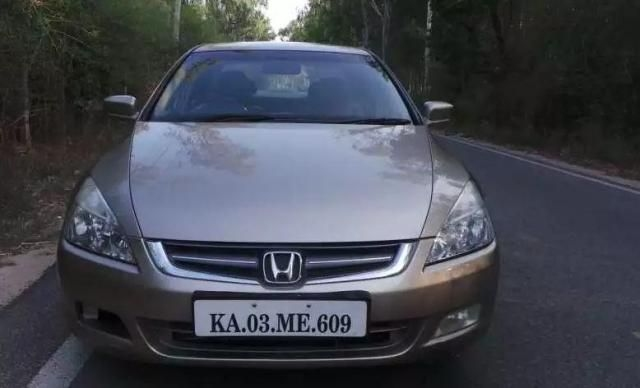 Honda Accord 2.4 AT 2005