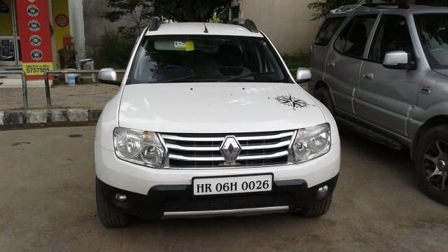 Renault Duster 110 PS RXZ 4X2 MT 2012
