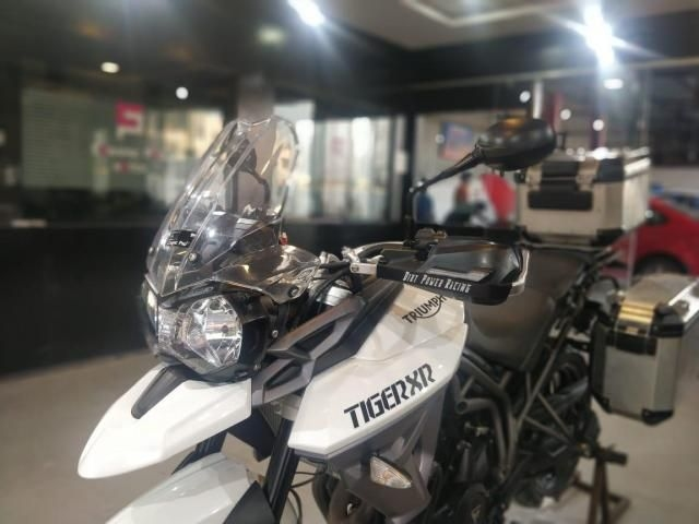 Triumph Tiger Super Bike For Sale In Ahmedabad Id 1416585166 Droom