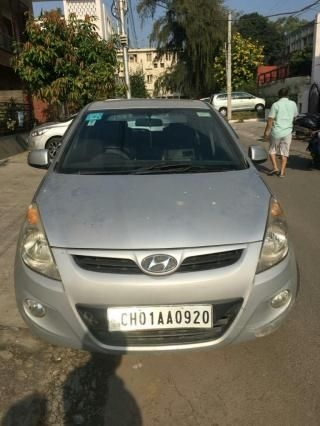 Hyundai i20 Asta 1.4 (O) With Sunroof 2009