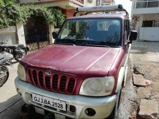 Mahindra Scorpio 2.6 TURBO 7 STR 2005