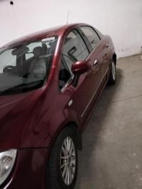 Fiat Linea Emotion 1.3 2013