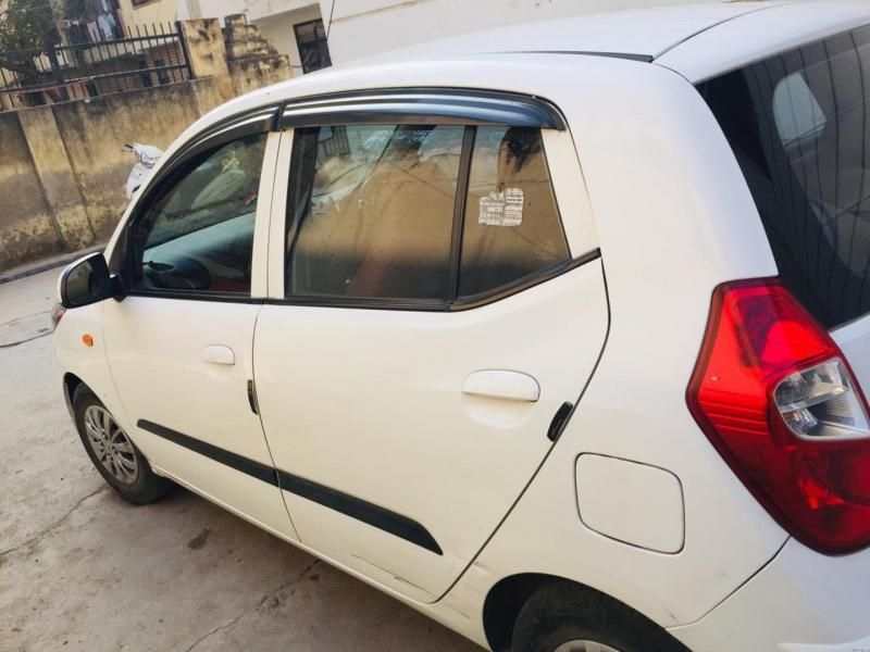Hyundai I10 Car for Sale in Delhi- (Id: 1416925970)