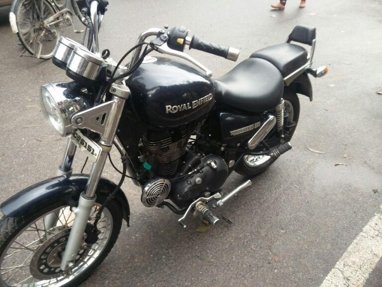 Royal Enfield Thunderbird Bike For Sale In Delhi Id 1416953373 Droom