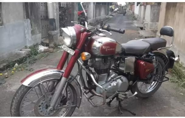 66 Used Royal Enfield Motorcycle/bikes in Kolkata, Second