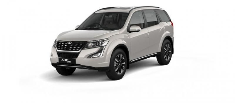 Mahindra XUV500 W7 AT 2019