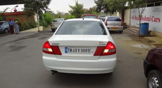 Mitsubishi Lancer [2004-2012] SLXi 1.5 Review - GRT car ...