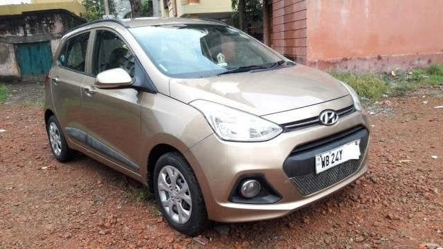 Hyundai Grand i10 Sportz (O) AT 1.2 Kappa VTVT 2014