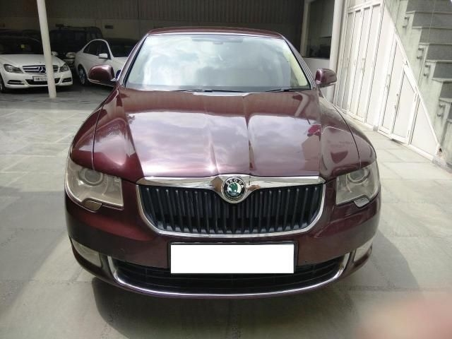 Skoda Superb 2.0 L&K TDI AT 2013