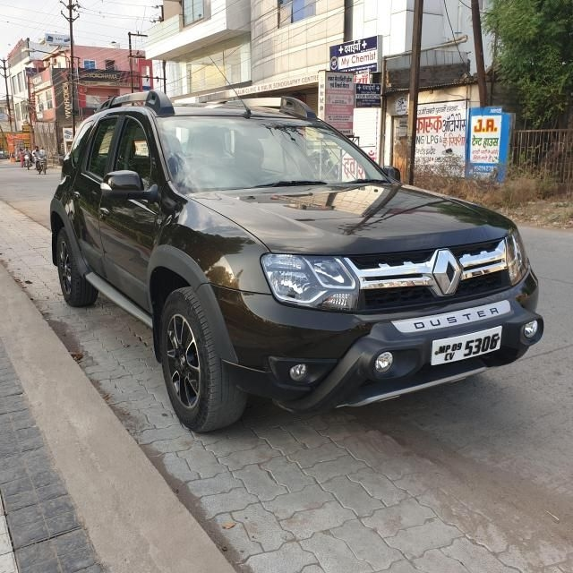 Renault Duster 85 PS RXZ 4X2 MT 2017