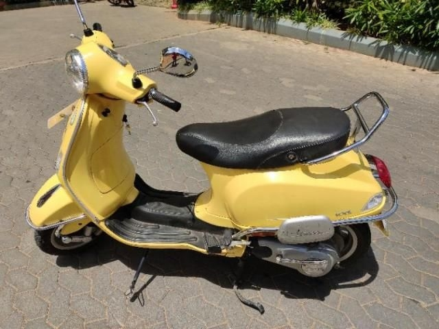 Used Piaggio Vespa Vxl Scooter Price in India, Second Hand Scooter