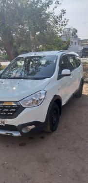 Renault Lodgy 110 PS RXL Stepway 8 STR 2016