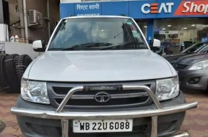 Tata Safari 4X2 LX DICOR BS IV 2012