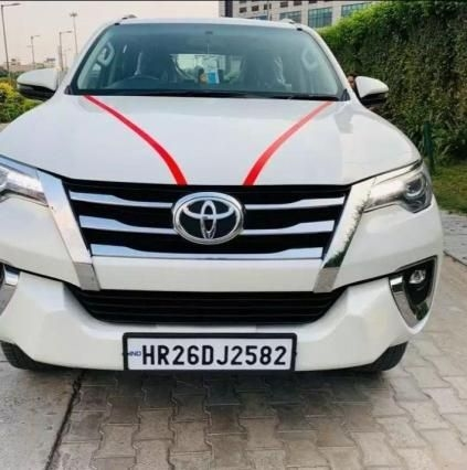 Toyota Fortuner 2.5 4x2 MT TRD Sportivo 2018