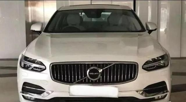 Volvo S90 Inscription D4 2019
