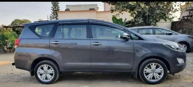 Toyota Innova Crysta 2.8 Z AT 7 STR 2017