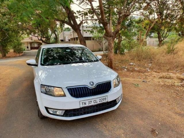 Skoda Octavia 2.0 TDI CR Ambition AT 2015